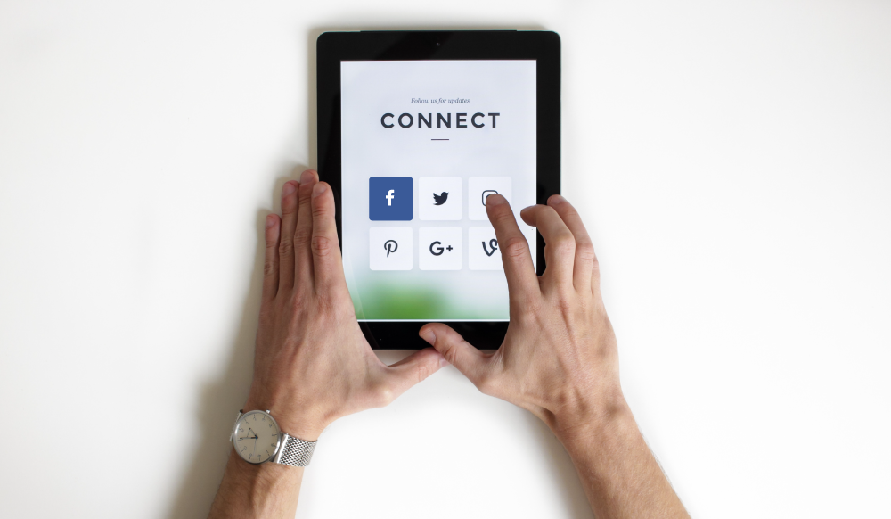 Facebook Prioritizes People Over Pages
